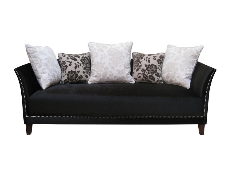 Lili kanapé díszpárnákkal
